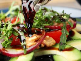 balsamic vinegar salad